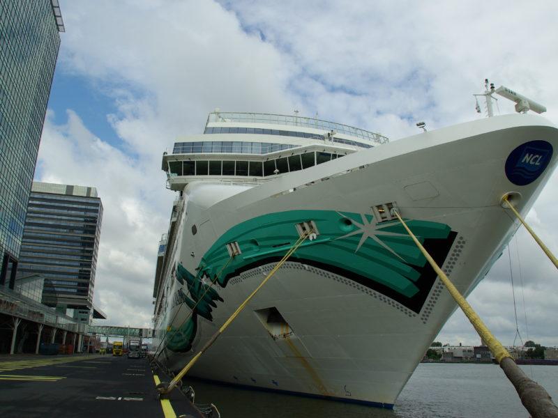 Cruiseschip Norwegian Jade - Norwegian Cruise Line