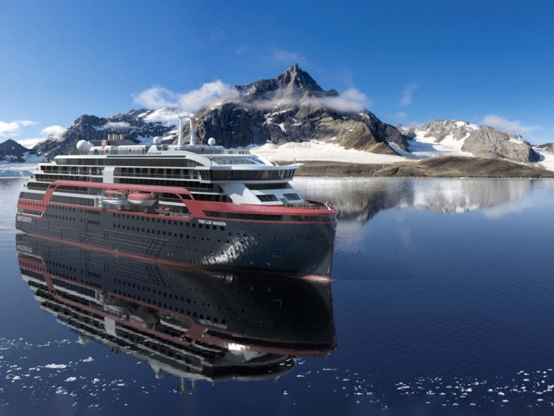 Cruiseschip Fridtjof Nansen - Hurtigruten